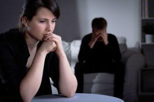 Finanzielle Engpässe nach der Scheidung: ihr oder sein Manko?